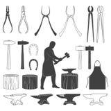 Sistema de iconos del herrero del vintage y de elementos del diseño Foto de archivo libre de regalías