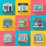 Sistema de iconos planos de las fachadas del edificio comercial Ejemplo del vector para el diseño local de la casa de la tienda d ilustración del vector