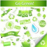 Sistema de iconos y de etiquetas verdes simples de la ecología del vector Fotografía de archivo libre de regalías