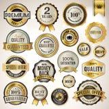 Sistema de insignias y de etiquetas engomadas de lujo ilustración del vector