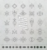 Sistema de insignias y del logotipo retros geométricos monocromáticos mínimos Imágenes de archivo libres de regalías