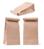 Sistema de la bolsa de papel marrón clásica en diverso foreshorteni tres foto de archivo