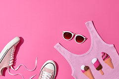 Sistema de la muchacha del inconformista del verano Diseño de la moda, mínimo Fotos de archivo