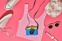 Sistema de la muchacha del inconformista del verano Diseño de la moda, mínimo Foto de archivo