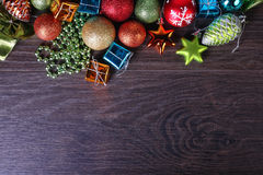 Sistema de la Navidad y del Año Nuevo Esferas, conos de abeto Fotografía de archivo libre de regalías