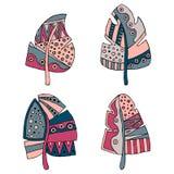 Sistema de la pluma infantil estilizada decorativa dibujada mano del vector en colores azules, rosados Estilo del garabato, ejemp Imagen de archivo
