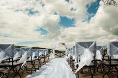 Sistema de la silla para casarse u otra ceremonia que visita abastecida del evento Fotos de archivo libres de regalías