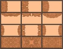 Sistema de la tarjeta de visita marrón de doce vintages con el ornamento Fotos de archivo libres de regalías