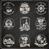 Sistema de la tiza de pizarra de los emblemas del pirata Fotografía de archivo libre de regalías