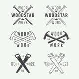 Sistema de las etiquetas de la carpintería y del mecánico del vintage, de los emblemas y del logotipo Foto de archivo libre de regalías