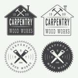 Sistema de las etiquetas, de los emblemas y del logotipo de la carpintería del vintage Fotografía de archivo