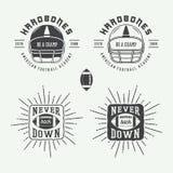 Sistema de las etiquetas del rugbi del vintage y del fútbol americano, de los emblemas y del logotipo Fotografía de archivo