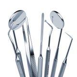 Sistema de las herramientas del equipamiento médico del metal para los dientes Foto de archivo