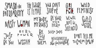 Sistema de las letras de la cita de la camiseta del poder de la muchacha