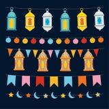Sistema de las secuencias y de las guirnaldas de Ramadan Kareem con las luces, las linternas marroquíes colocrful, las banderas d ilustración del vector