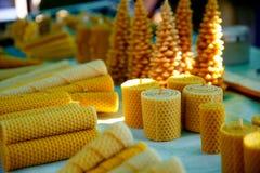 Sistema de las velas de la cera de diversas formas y estructuras Fotos de archivo libres de regalías
