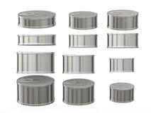 Sistema de latas de aluminio cilíndricas cortas en diversos tamaños, cl Foto de archivo
