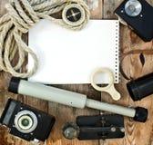 Sistema de los artículos retros para los viajeros Fotografía de archivo libre de regalías
