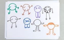 Sistema de los dibujos del niño de diverso cuerpo animal con los brazos y las piernas libre illustration