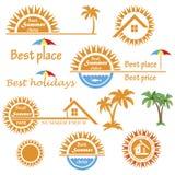 Sistema de los emblemas del verano de la estación, elementos del diseño Imágenes de archivo libres de regalías