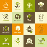 Sistema de los iconos para la comida orgánica y vegetariana, cocinar y los restaurantes Fotografía de archivo libre de regalías