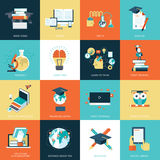 Sistema de los iconos planos del diseño para la educación Imagenes de archivo