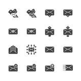 Sistema de los iconos sólidos para los mensajes Ilustración del vector Fotografía de archivo