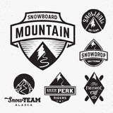 Sistema de los logotipos de Ski Snowboard Snow Mountains Sport o Imagen de archivo libre de regalías