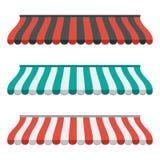 Sistema de los toldos rayados para la tienda y el mercado Aislado y colorido Diseño plano Vector Fotos de archivo