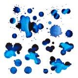 Sistema de manchas y de descensos de la tinta azul Fotos de archivo libres de regalías