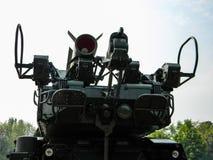 Sistema de misiles antiaéreo BUK, transporte de un vehículo de combate a través de la ciudad a la zona antiterrorista de la opera imágenes de archivo libres de regalías
