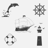 Sistema de modelos del vintage en tema náutico Iconos y elementos del diseño Foto de archivo libre de regalías