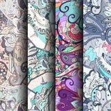 Sistema de modelos inconsútiles coloridos del tracery Curvado garabateando los fondos para la materia textil o imprimiendo con me Imágenes de archivo libres de regalías