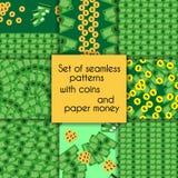 Sistema de modelos inconsútiles con las monedas y el papel Fotos de archivo libres de regalías