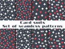 Sistema de modelos inconsútiles con los trajes de los naipes Tarjeta de los números Fotos de archivo libres de regalías