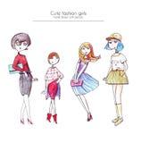 Sistema de muchachas dibujadas mano de la moda, dibujado con tinta y lápices coloreados, en diversos peinado, vestidos, ropa y za libre illustration