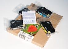 Sistema de nuevos cartuchos de impresión de Epson Fotografía de archivo