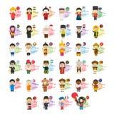 Sistema de personajes de dibujos animados que dicen hola y la recepción en 34 idiomas habladas en Asia y Oceanía ilustración del vector