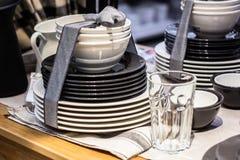 Sistema de platos atados con una cinta Foto de archivo