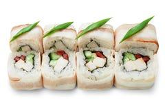 Sistema de rollos de sushi aislados en el blanco Imagen de archivo