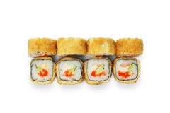 Sistema de rollos de sushi del tempura aislados en el blanco Imágenes de archivo libres de regalías