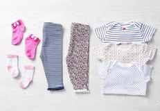 Sistema de ropa y de accesorios del bebé Fotos de archivo libres de regalías