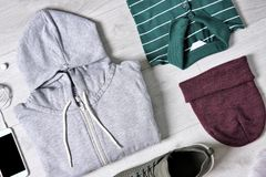 Sistema de ropa y de accesorios masculinos de moda Imagen de archivo