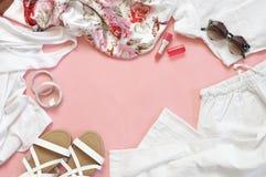 Sistema de ropa y de los accesorios blancos Fotografía de archivo libre de regalías