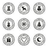 Sistema de sellos y de sellos de la Navidad en un sobre postal, ejemplo del vector stock de ilustración