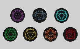 Sistema de siete iconos de los chakras Símbolos de los centros de energía Yoga Imagen de archivo