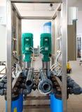 Sistema de ?smosis reversa - instalaci?n de los dispositivos industriales de la membrana imagen de archivo libre de regalías