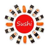 Sistema de sushi, de maki y de rollos aislados en el fondo blanco Foto de archivo