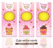Sistema de tarjeta del feliz cumpleaños con la magdalena. Foto de archivo libre de regalías