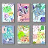 Sistema de tarjetas coloridas artísticas Estilo de moda de Memphis Cubiertas con el modelo geométrico plano stock de ilustración